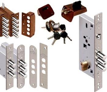 Подбор замка для врезки в металлическую дверь